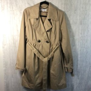 Liz Lang maternity trench coat